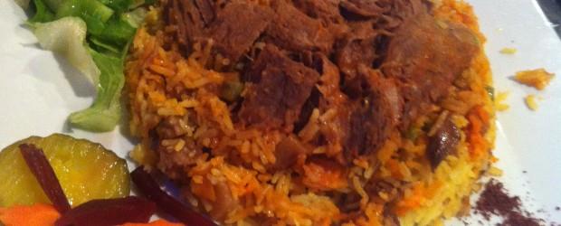 cordeiro com arroz de açafrão