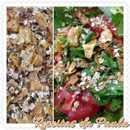 Granola salgada com salada